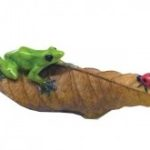 Frog ladybug leaf - 3529