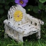 itty-bitty-daisy-chair-ibdc